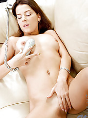 Naughty pinup pleasure her pussy using the phone cord after having a phone sex