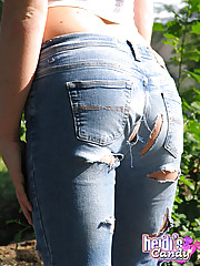 Heidi pulls off her jeans to show off her round ass