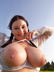 12 pics and 1 movie of Lorna from Big Naturals