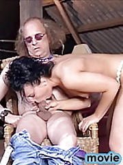 Beauty seduces a dirty senior with her fine natural body