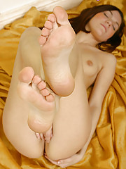Teen gets very turned on by her own feet